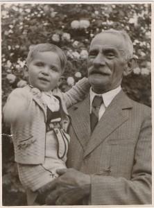 PAPI-Schneidernagyapávalnagyapjával